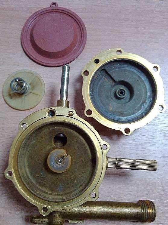 Газовый редуктор для газовой колонки